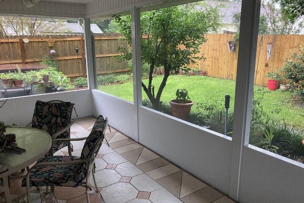 screen in a patio pensacola, fl